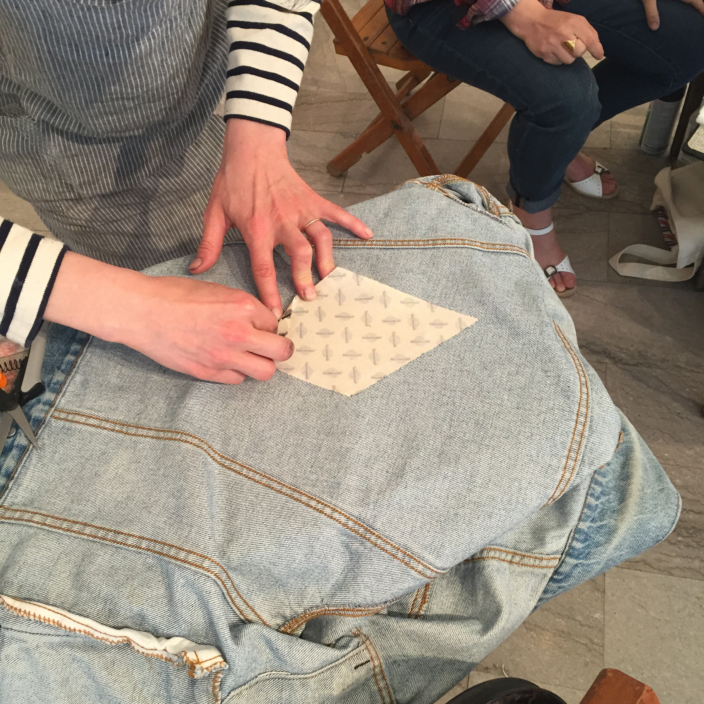 Thumbnail photo: Two Itinerant Quilters