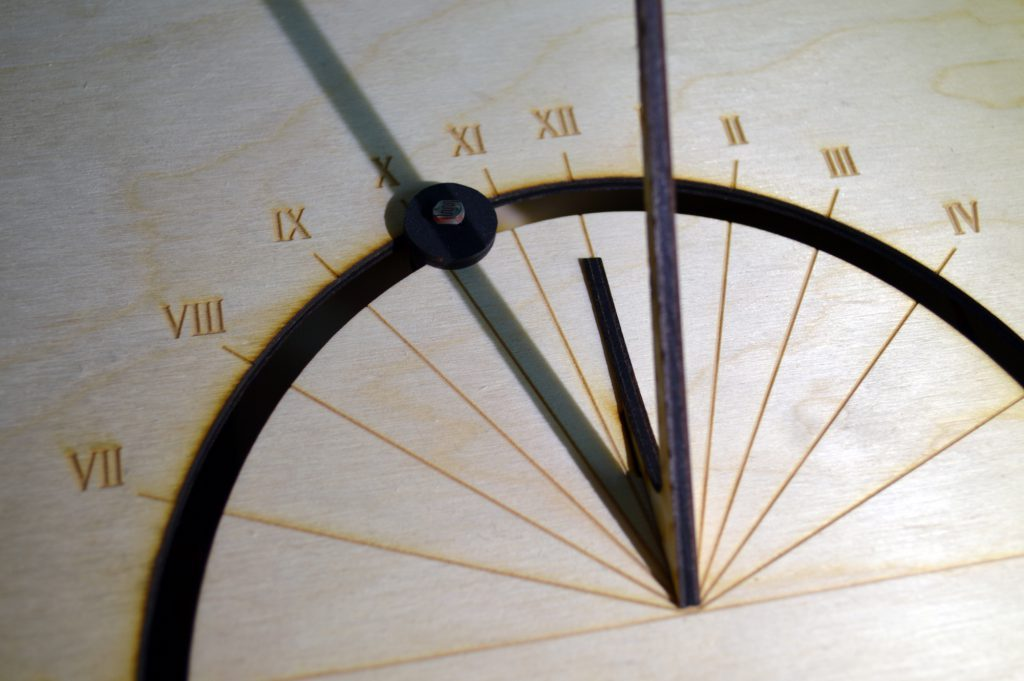 Thumbnail photo: Alarm Sundial